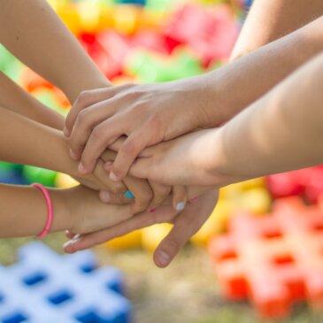 Lasten luova toiminta Pyhällä muotoutuu palveluksi yhteistyössä
